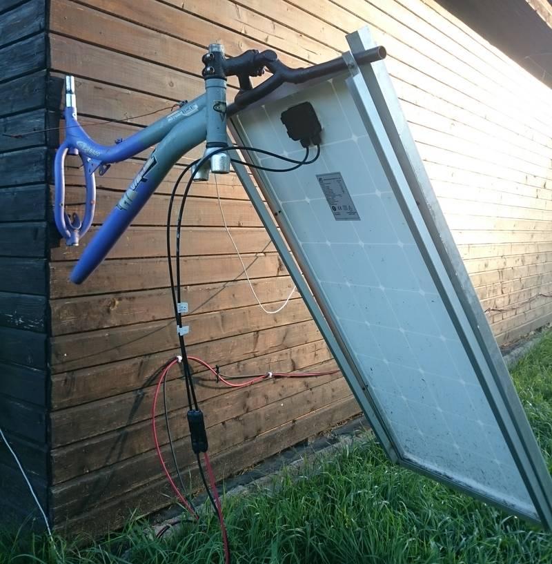 Поворотный механизм для солнечной панели